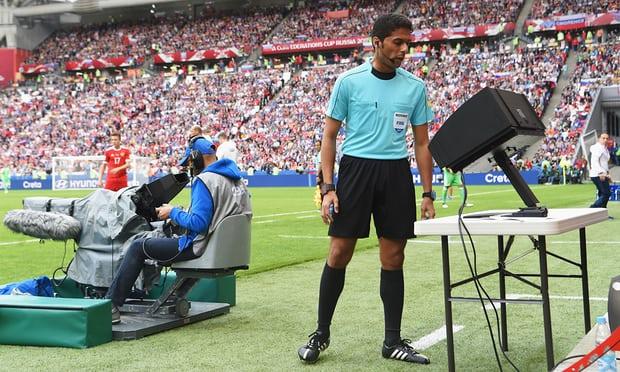 FIFA lại đưa ra một quy định mới đầy bất ngờ