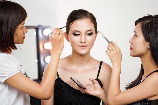 Hàn Quốc nổi tiếng với những cơ sở đào tạo ngành làm đẹp hàng đầu thế giới