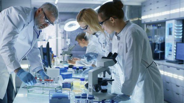 có nên học ngành xét nghiệm y học