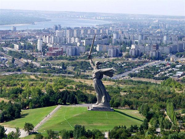 Đồi Mamayev và Tượng đài Mẹ Tổ quốc - hình ảnh đất nước Nga