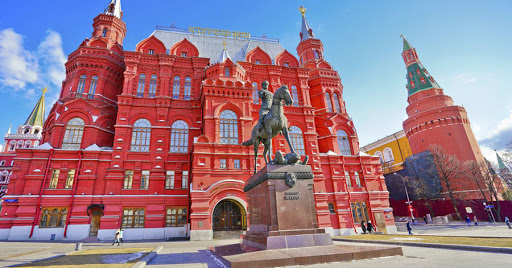 Quảng trường đỏ và Nhà thờ Chánh tòa Vasily Blazhenny mang đậm hình ảnh về nước Nga