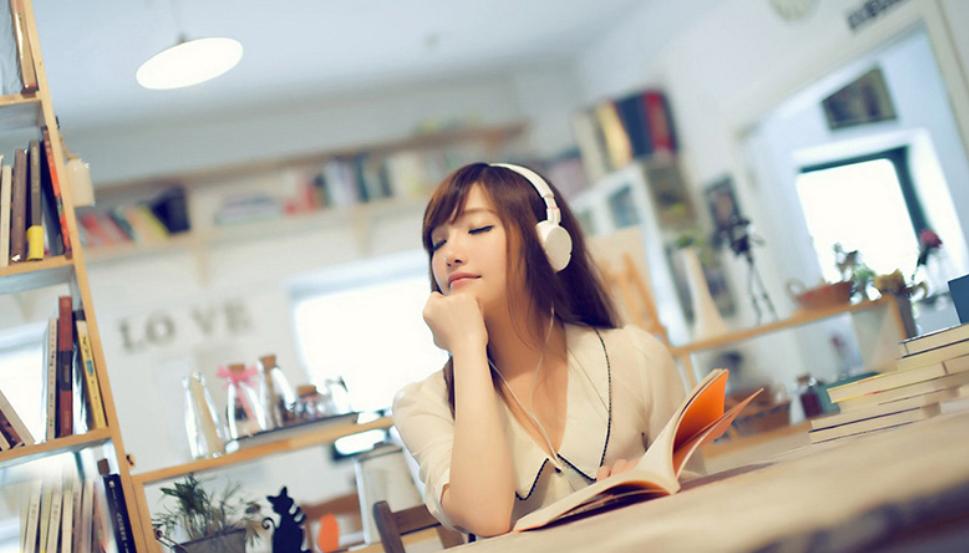 5 loại nhạc giúp bạn tập trung hơn khi làm việc