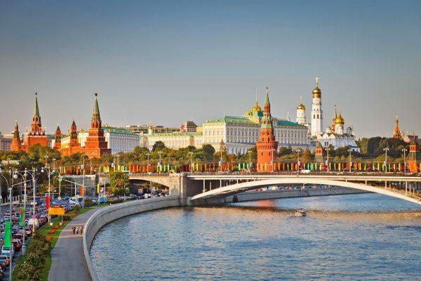 Khí hậu nước Nga có mấy mùa để thích hợp du lịch?