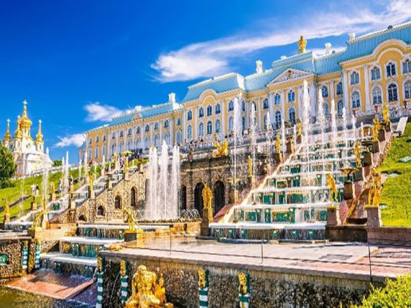 Giới thiệu cung điện mùa hè ở Nga – Di sản văn hóa nổi tiếng thế giới