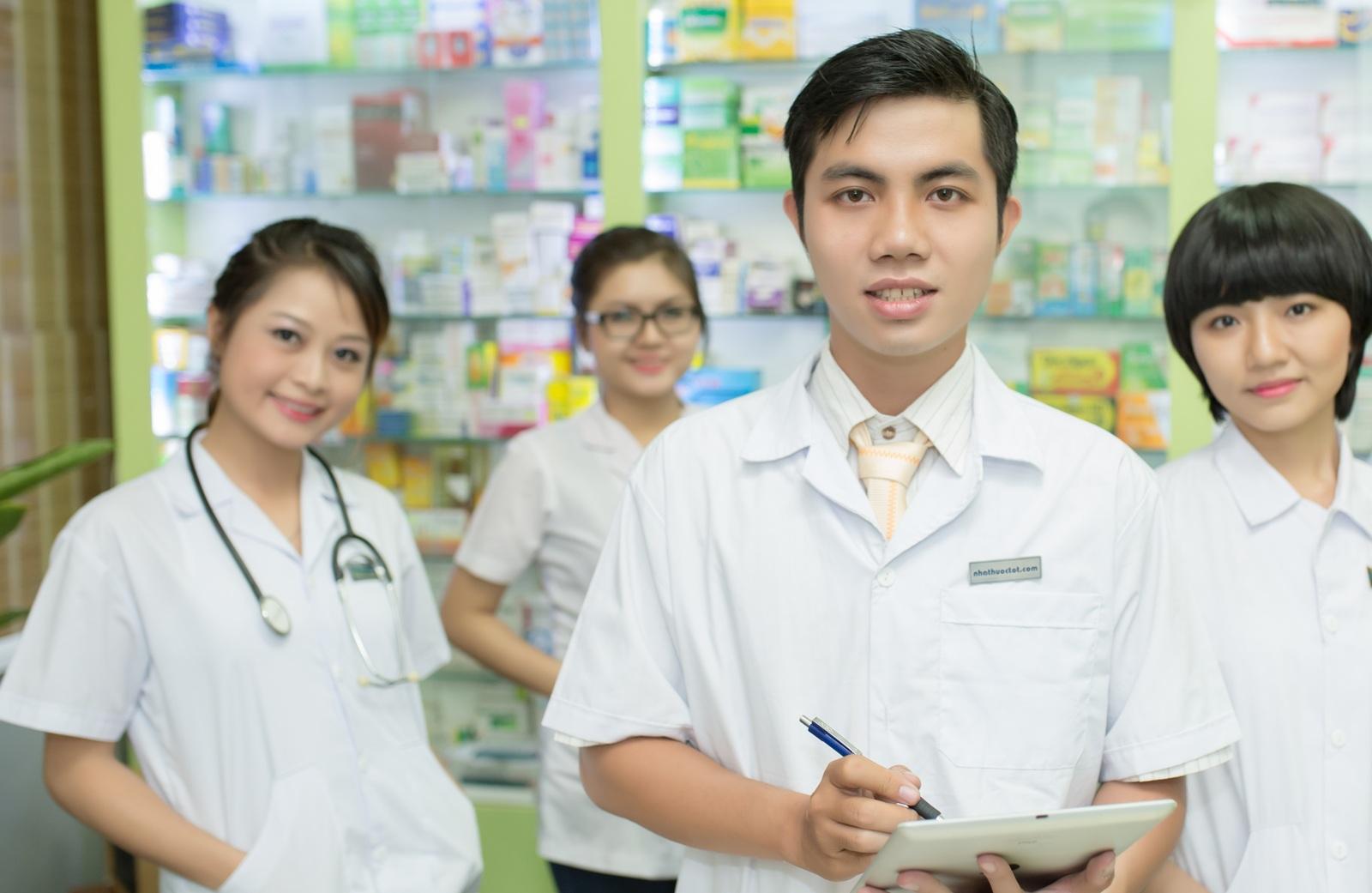 Chuyển đổi điều dưỡng sang bác sĩ được không?