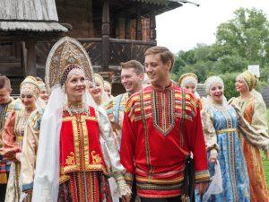 Trang phục truyền thống nước Nga